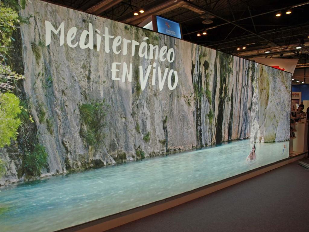 1. Montanejos y su paisaje protagonista del stand de la Comunidad Valenciana en FITUR. El río de Montanejos se ha convertido en imagen de nuestro turismo, un icono reconocible a nivel nacional e internacional.