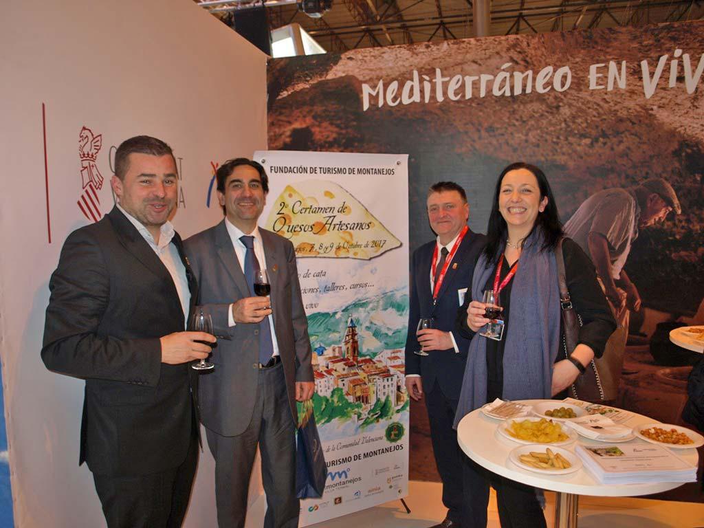 Montanejos y los quesos premiados en el I Certamen de Quesos Artesanos de la Comunidad Valenciana celebrado en Montanejos protagonistas en el vino de honor en FITUR, el día de la comunidad Valenciana. Hemos aprovechado la ocasión para presentar a los medios el II CERTAMEN QUESOS ARTESANOS de la Comunidad Valenciana.